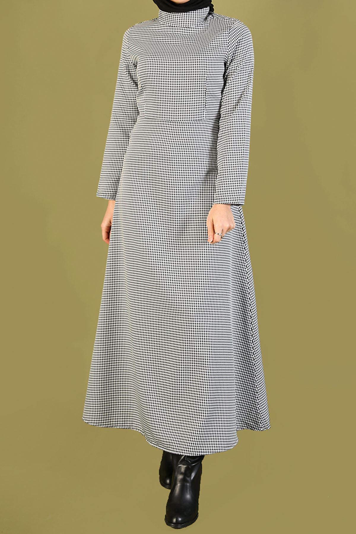 Pitikare Hakim Yaka Kloş Elbise-Beyaz