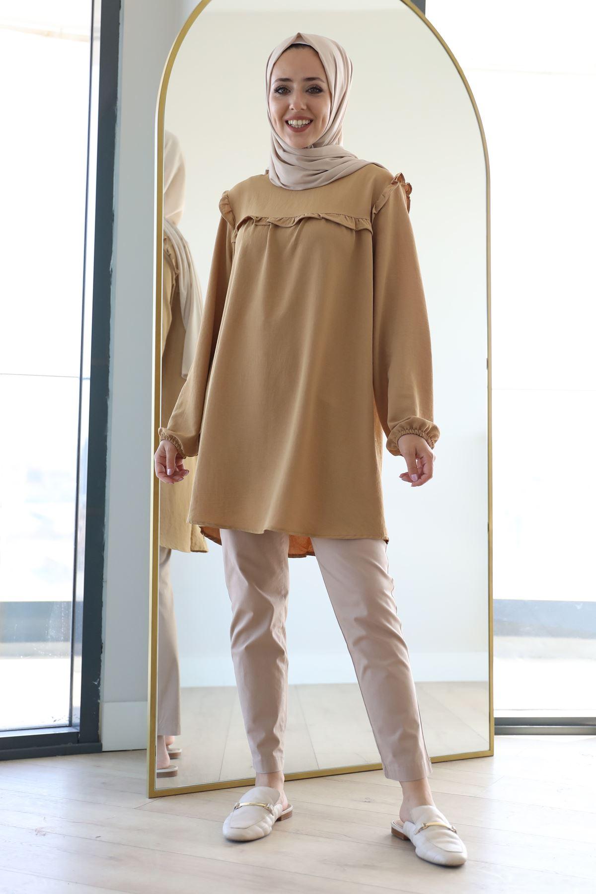 Fırfır Detaylı Kolları Lastikli Tunik-Camel